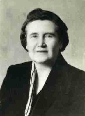 Πορτραίτο της Μίννης Δουβαλετέλη