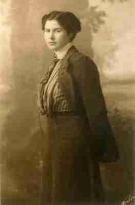 Πορτραίτο της Μπέσσης Αλιβιζάτου