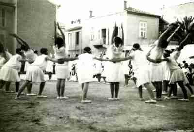 Ομαδική φωτογραφία από γυμναστικές επιδείξεις